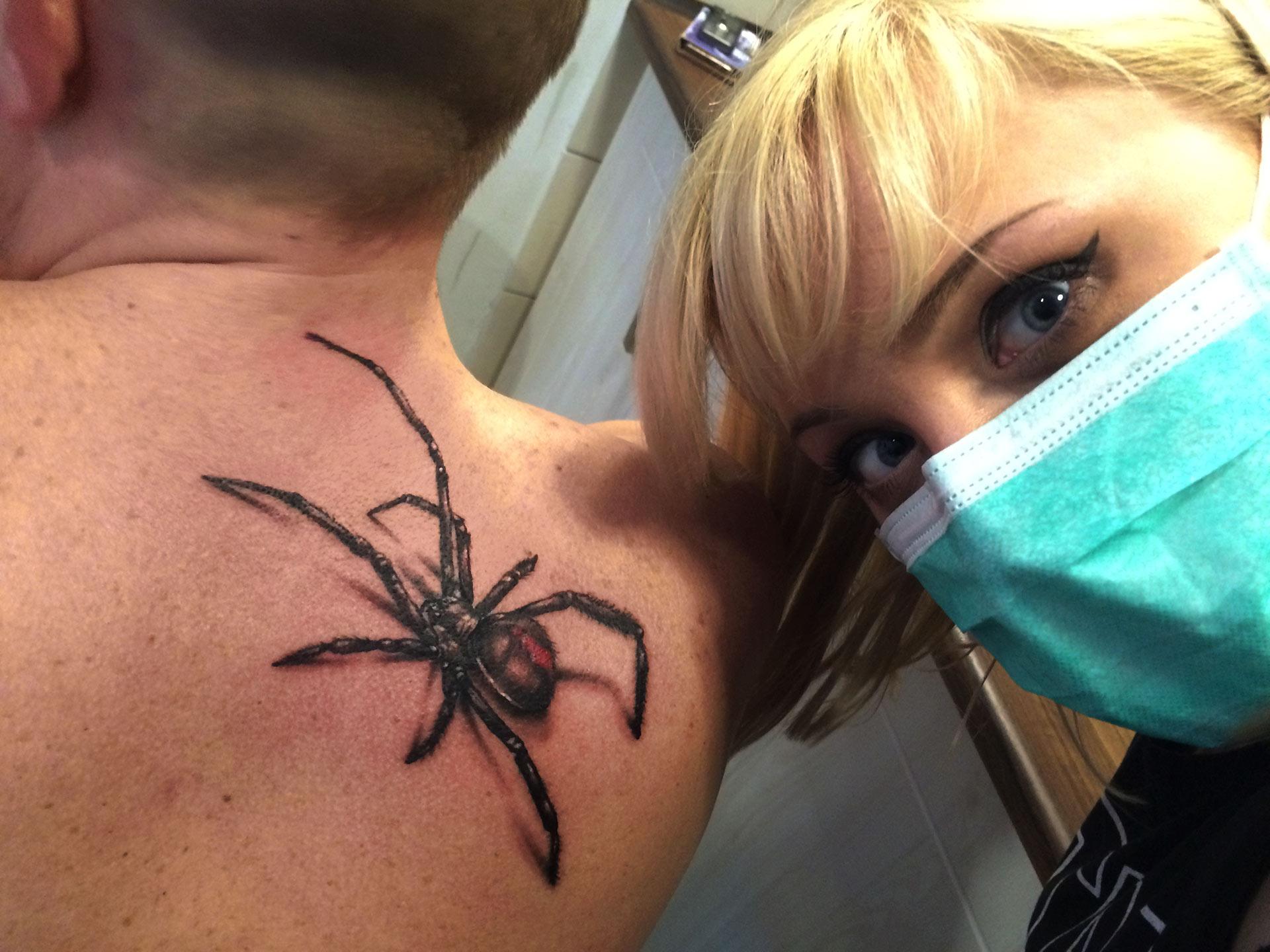 Tatuaż trójwymiarowy pająk