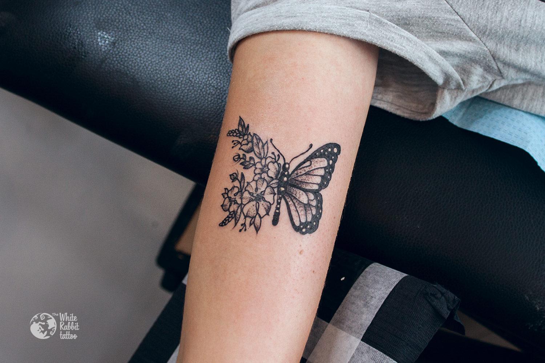 Rysunkowe tatuaże - motyl